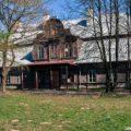 Dwór Drewniany, KW
