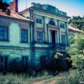 Pałac, S